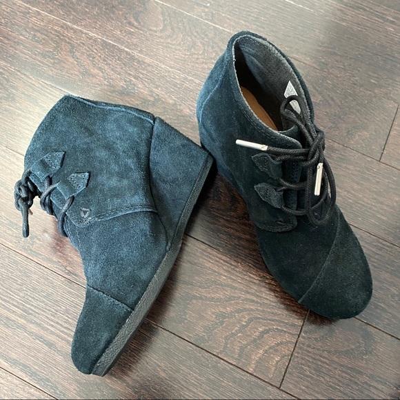 Toms Wedge Heels - size 6